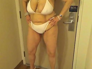 Tinja Stretches A White String Bikini In 6 Inch