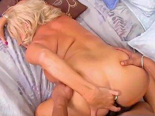Hot Mommy Mandi Mcgraw Fucking Hard Tender Stepson 124 Redtube Free Mature Porn
