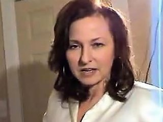 Busty Sexy In Satin Blouse Drtuber