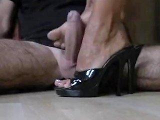 Milf Macht Den Perfekten Shoejob Footjob Porn 5b Xhamster