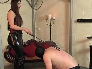 Worship Your Mistress Ria Harpsichord Allows Slave Lick Her Shiny Boots