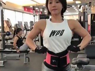 Cute Korean Muscle Girl 8