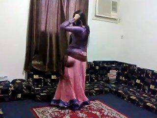 Madiha Khan Dance Desi Pakistani Feeling Hot