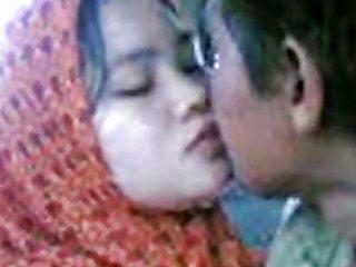 Malay Awek Tudung Kelantan Cium Lam Van Porn Fb Xhamster