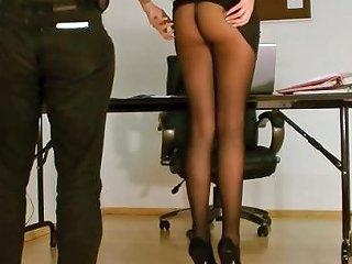 Secretary Pantyhose Exposed Free Pantyhose Secretary Porn Video
