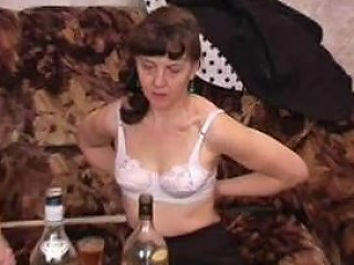 Mother Gives Some Home Tuition Free Lesson Porn Video 8a