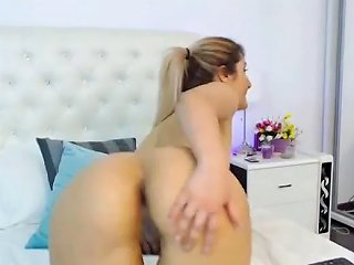 Ponytail Blonde Shakes Her Ass Free Blonde Ass Porn Video