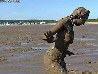 Mud Girl P1