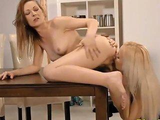 Kinky Lesbian Teens Sex Amp Pissing Fetish Video