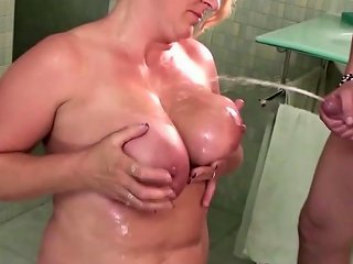 Anal Sex Fisting And Pissing For Moms Instead Of Sport
