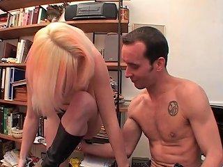 Salope Blonde Baisee Et Sodomisee Sur Le Piano Porn 97