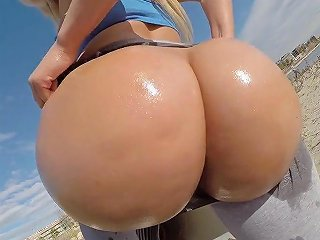 Public Outdoor Sex On The Beach With Big Butt Blonde Pawg