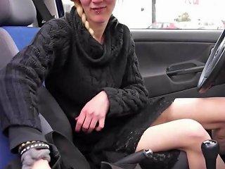 Deutsche Cracknutte Besorgt Es Sich Im Auto Free Porn 09