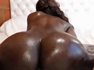 German Based Ebony Amateur Toying Herself Nuvid