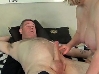 Mature Enjoys A Happy Ending Free Cum In Mouth Porn Video