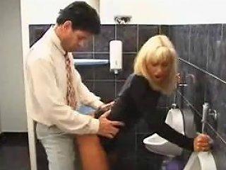 Restaurant Free Washroom Young Porn Video Fc Xhamster