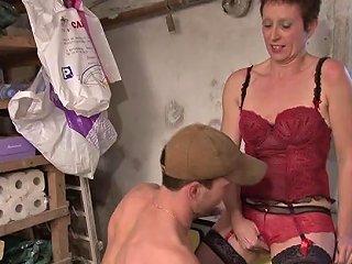 Diana La Mature Se Tape Le Jardinier Sur Telsev Tv Porn 48