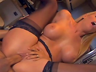 Pretty Emt Fucking In The Back Of An Ambulance Hd Porn 54