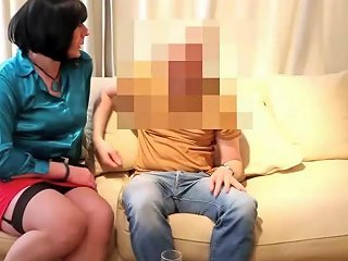 Fucking The Housewife Free Pornhub Shemale Hd Porn 00