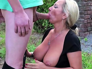 German Mother Caught Step Son And Helps With Fuck In Garden Drtuber