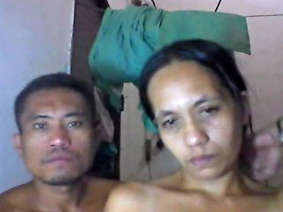 Filipina Mom Shanell Danatil And Her Bf On Cam Porn D4