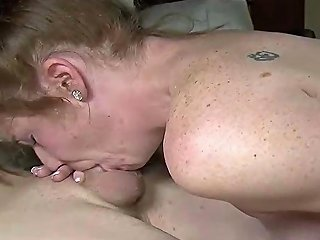 Milf Gets Her Cunt Licked