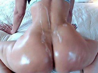 Oiled Cum Shot Twerking Booty Tease Jess Ryan