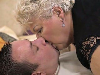 Chunky Mature Blonde Whore In Black Tights Astrid Gives Quite Nice Bj