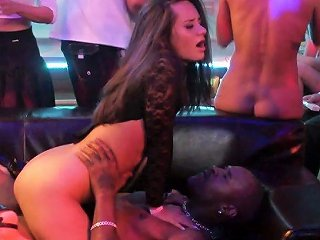 Kinky Dudes Fuck Nasty And Hot Blooded Chick Virus Vellons At The Party