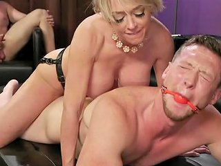 Milf Whore Dee Williams Hardcore Fucked In A Mmf Threesome Any Porn