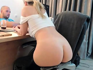 Beauty Ass Blonde Amateur Babe Shaving Her Ass