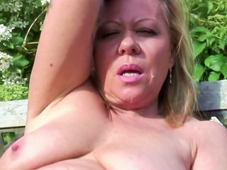 Mature Slut Mother And Wife With Thirsty Pussy