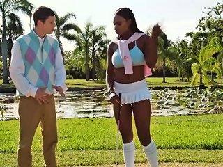Round Ass Ebony Twerking At Golf Court