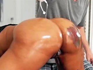 Ebony Fucking Big Cock And Twerking