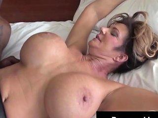 Voluptuous Vixen Deauxma Fucks Amp Sucks On A Big Black Cock