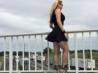 Flashing In Public With My Huge Black Buttplug Porn 14