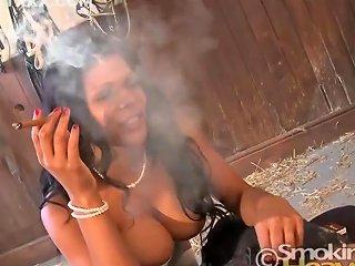 India Cigar Smoking Blowjob 1 Sh Upornia Com