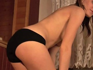 Cyntia Cymes Play On The Floor Dildo Ride And Blowjob