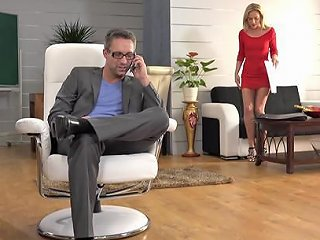 Skinny Vinna Reed Lets A Horny Guy Bang Her Delicious Pussy Any Porn