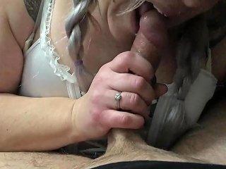 Sloppy Hardcore Deep Throat Big Cock Swallowing Tattooed Chick