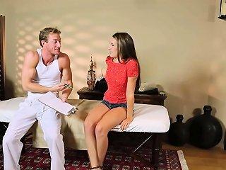 Babe Tricked To Undress Drtuber