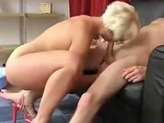 Mature Russian Slut Give A Blowjob