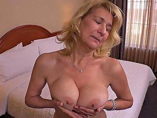 Big Tits Big Ass Amateur Milf Fucked Pov