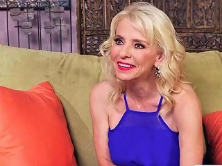 Old Mom Cammille Austin Gives Titjob Hot Tender Son 124 Redtube Free Fetish Porn
